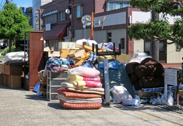 東京都内、回収、粗大ゴミ、冷蔵庫、不用品、ソファー、デスク、大量ゴミ、洗濯機、電子レンジ、お引越し、ゴミ屋敷、パソコン